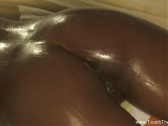 Anal Massage That Relaxes The Ass And Helps Enjoy The Moment