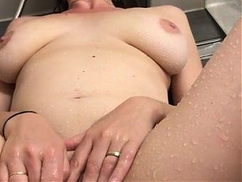 Shaine 37 france fingered in the shower
